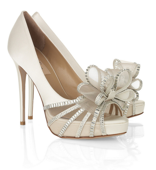 Shoe Envy: Valentino Bow Heels // The Perfect Bridal Shoes