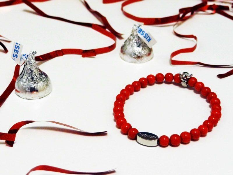 Win An Elephant Memory Stone Bracelet by Joseph Nogucci {Valentine's Day Giveaway!}