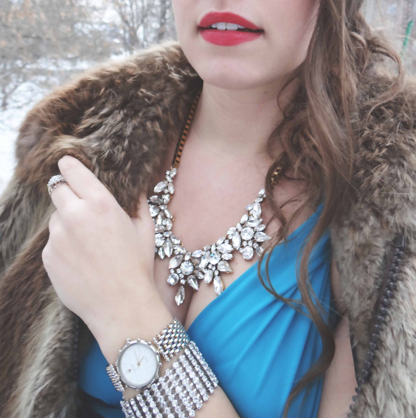 statement necklace, accessorize, Vintage, Hollywood Glamour, Winter Fashion, life and style, fashion blog, fashion, style, outfit, fashion blogger, style blogger, outfit ideas, fashion styles, Victoria Simpson, A Side of Vogue