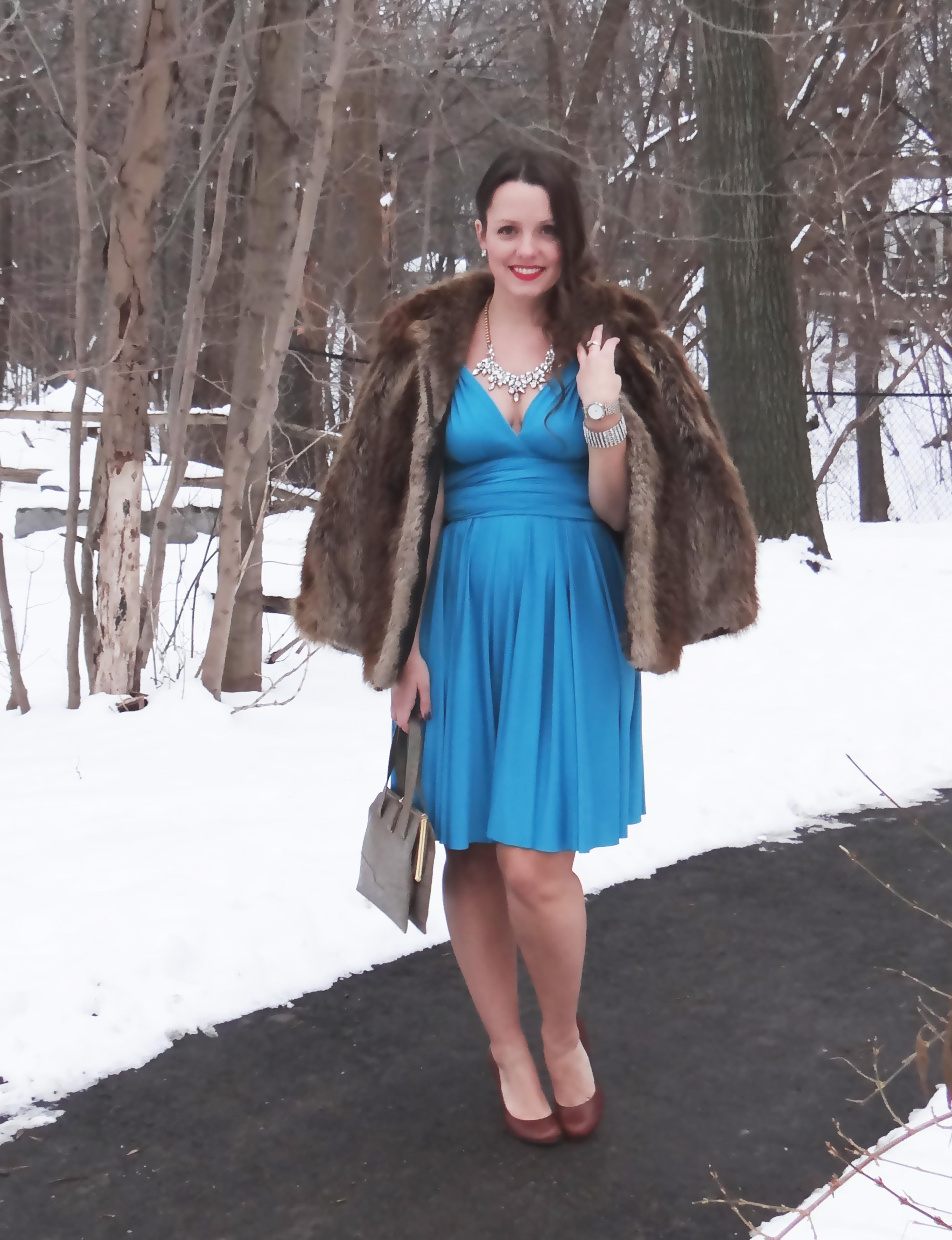 Henkaa Dress, Vintage, Hollywood Glamour, Winter Fashion, life and style, fashion blog, fashion, style, outfit, fashion blogger, style blogger, outfit ideas, fashion styles, Victoria Simpson, A Side of Vogue