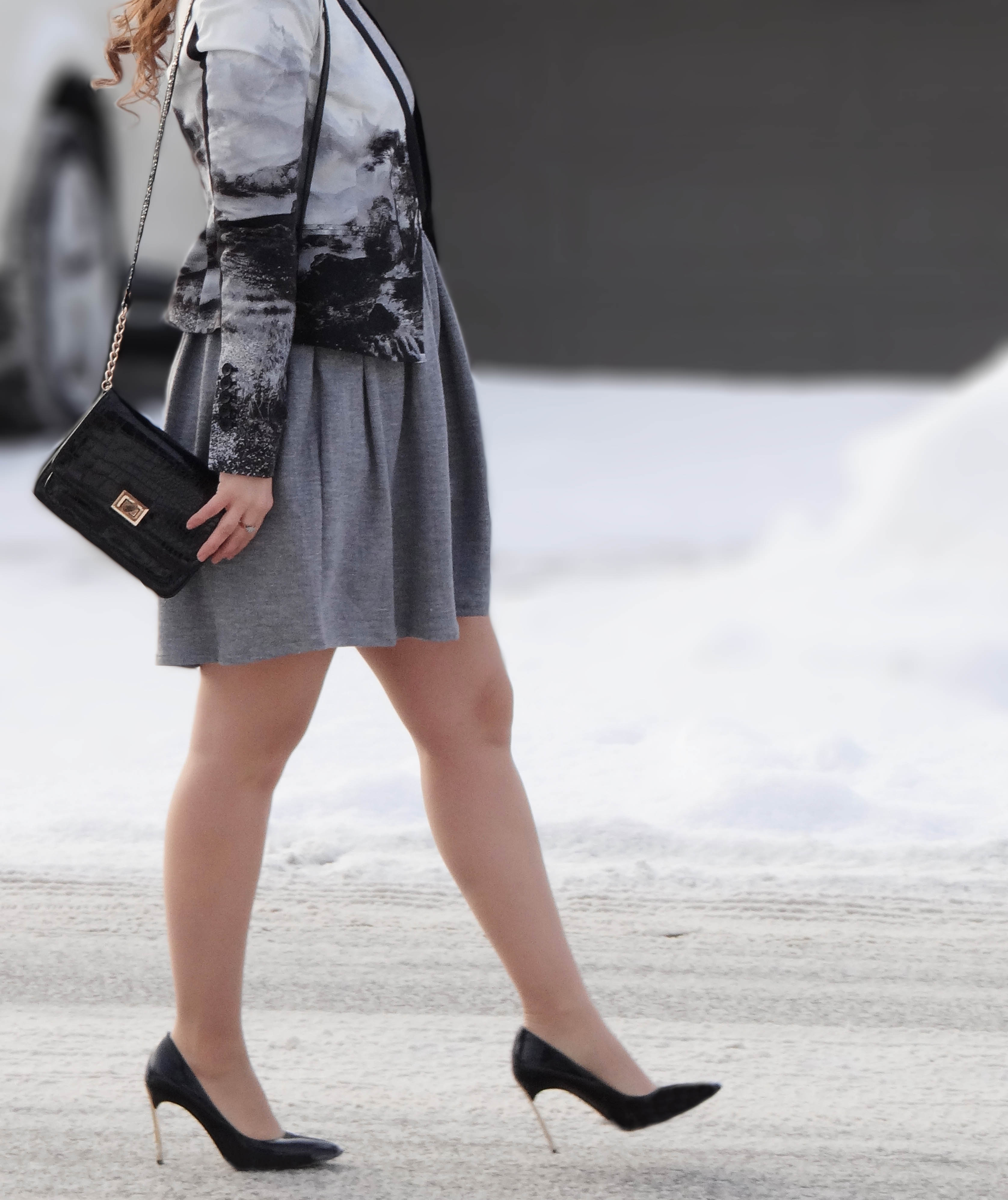 monochrome fashion, cool blazers, high fashion, bcbg maxazria,life and style, fashion blog, fashion, style, outfit, fashion blogger, style blogger, outfit ideas, fall style, shopping, accessorize, street style, fashion styles, Victoria Simpson, A Side of Vogue, bloggers from Toronto Canada