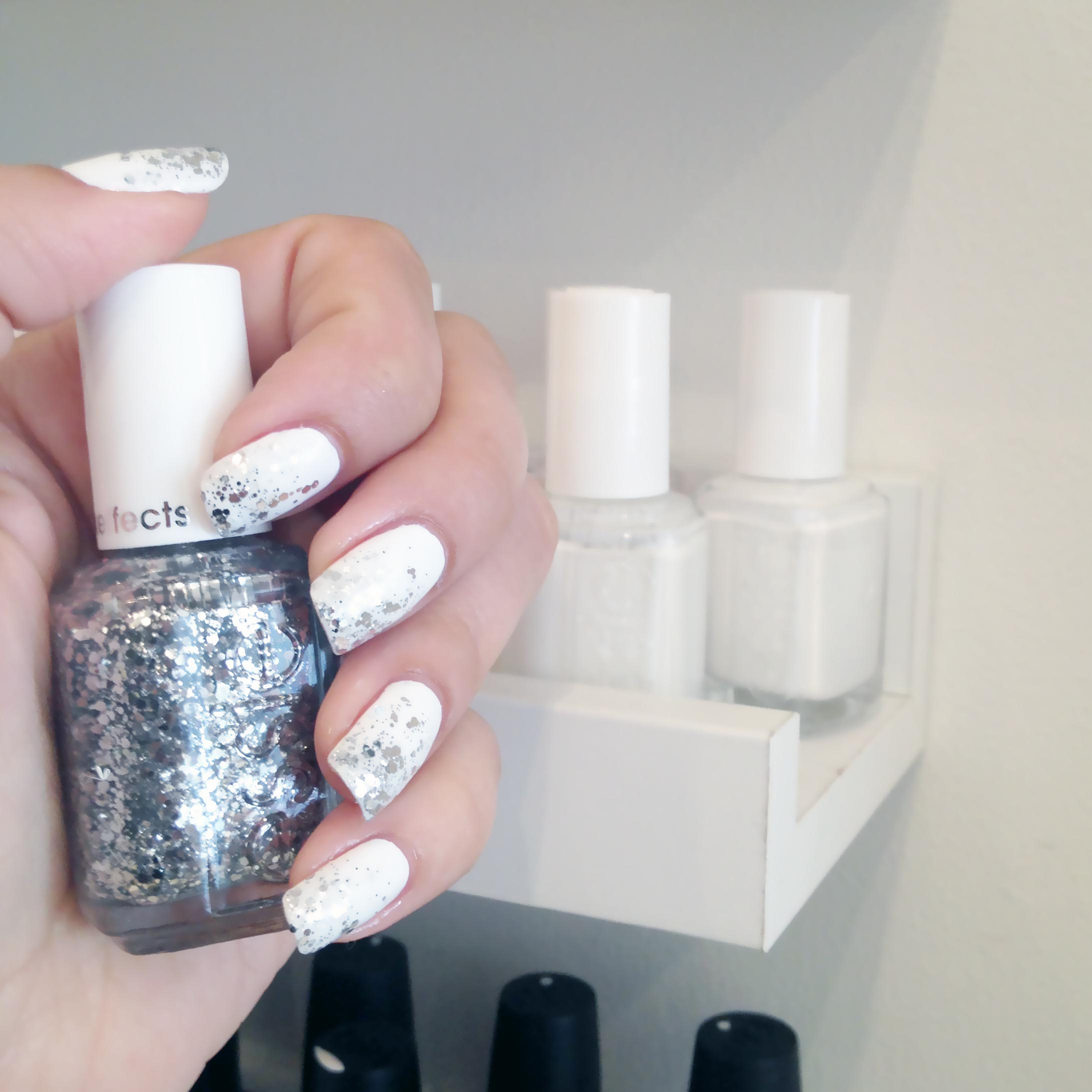 Holiday Nails, White and silver nails, silver glitter nail polish, Nails, Nail Art, Beauty, Essie, Nail Polish, Manicure, Toronto Spas, Whree to get a manicure toronto, Forest Hill, The Ten Spot