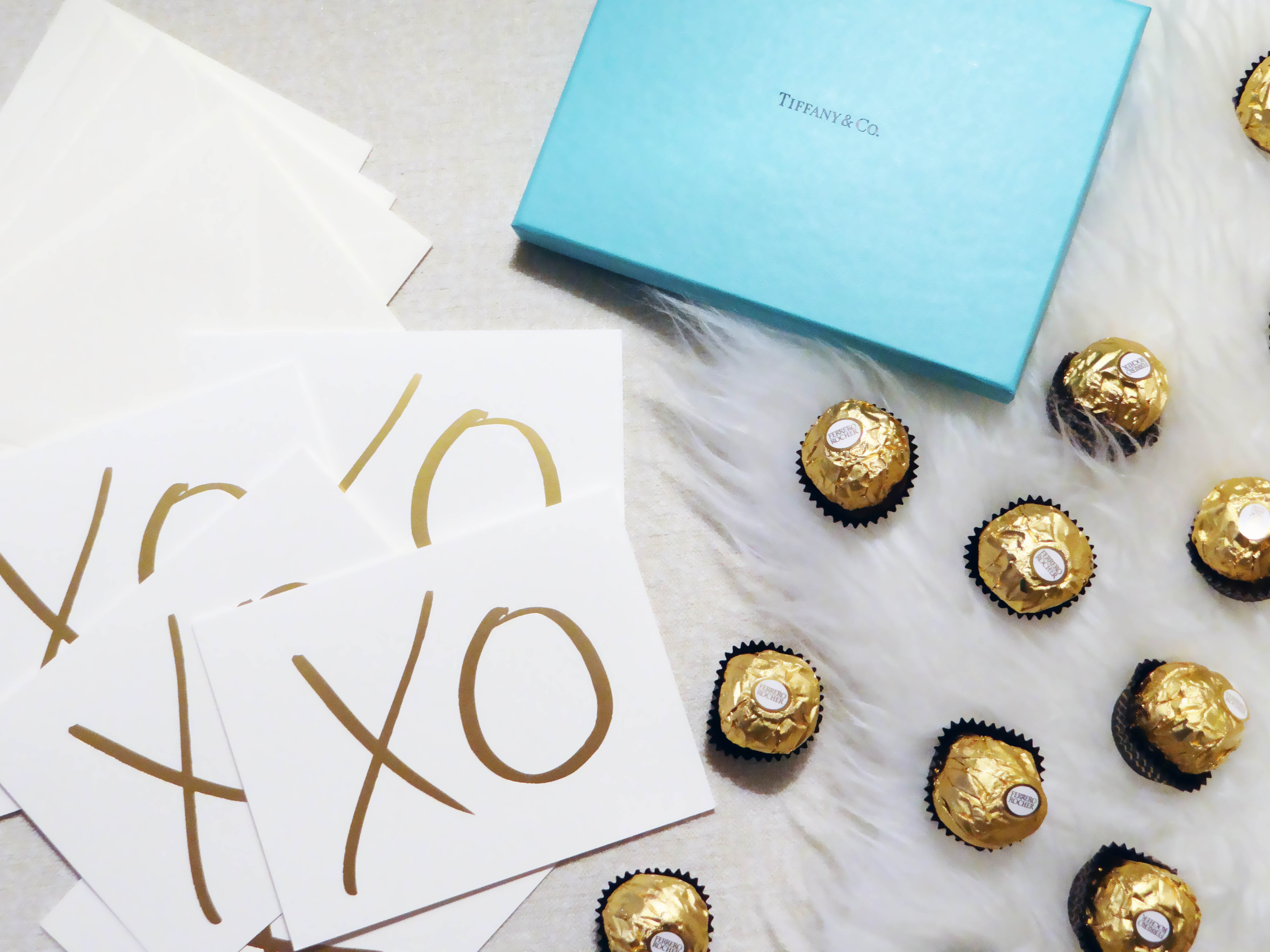 Christmas, Holidays, Ferrero Rocher, Silk Robe, Luxury Loungewear, Melvik Lingerie, Chocolate, Tiffany & Co, Blogger Christmas, Fashion Blogger, Canadian Lifestyle Blog, Garance Dore xo cards, greeting cards