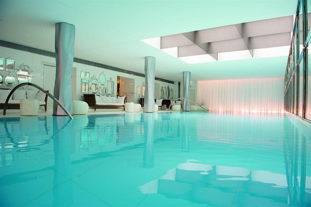 Beautiful-Hotel-Swimming-Pools-Travel-Paris