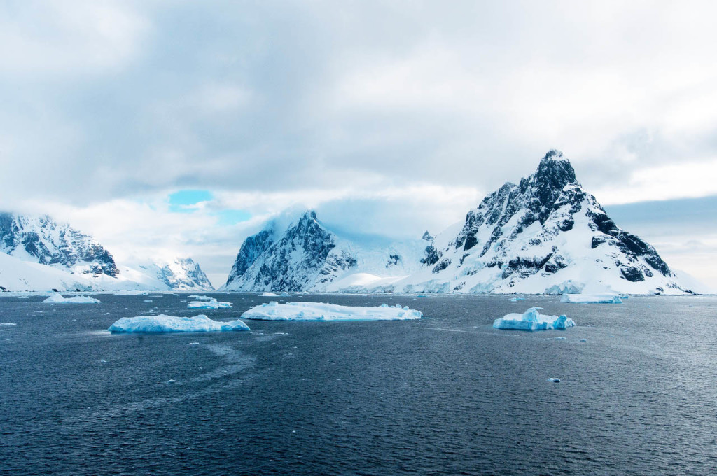 Best-Places-To-Travel-Antarctica-Lemaire-Channel