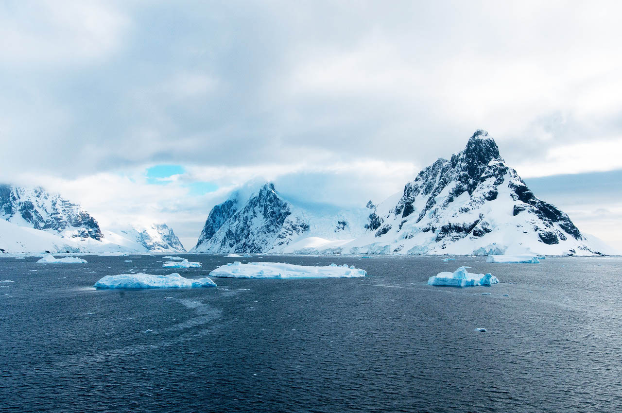 Travel lemaire channel antarctica a side of vogue for Best places to visit in antarctica