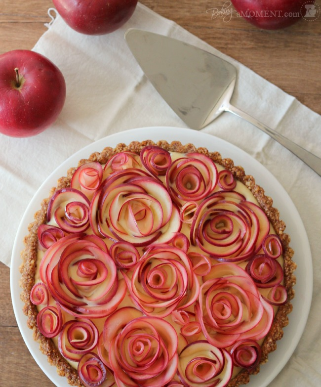 Lifestyle Blogger, Toronto Blog, Canadian Blogger, Recipes, Valentine's Day Ideas, Valentine's Day, Apple Rose Tart, Maple Custard, Pies, Pie Recipe, Dessert