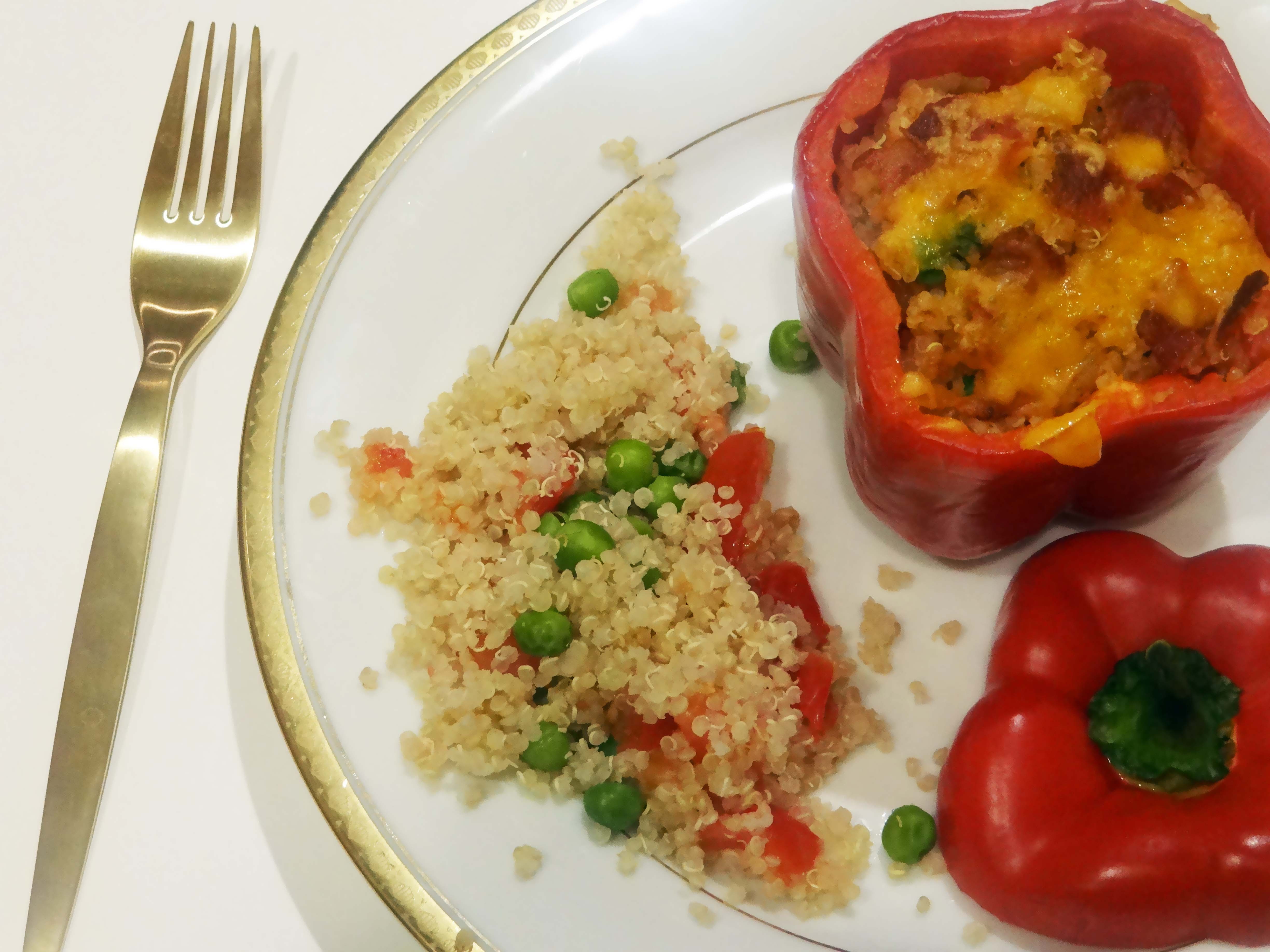 Lifestyle Blogger, Healthy Dinner, Quinoa, Quinoa Recipes, Healthy Recipes, Stuffed Peppers, Lifestyle Blog,