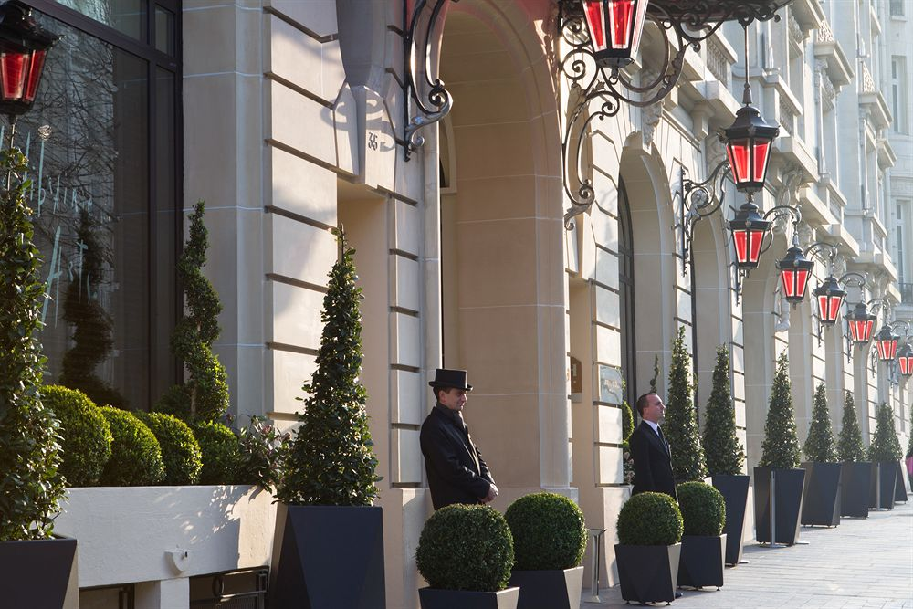 Hotel-In-Paris-Luxury-Travel-Where-To-Stay