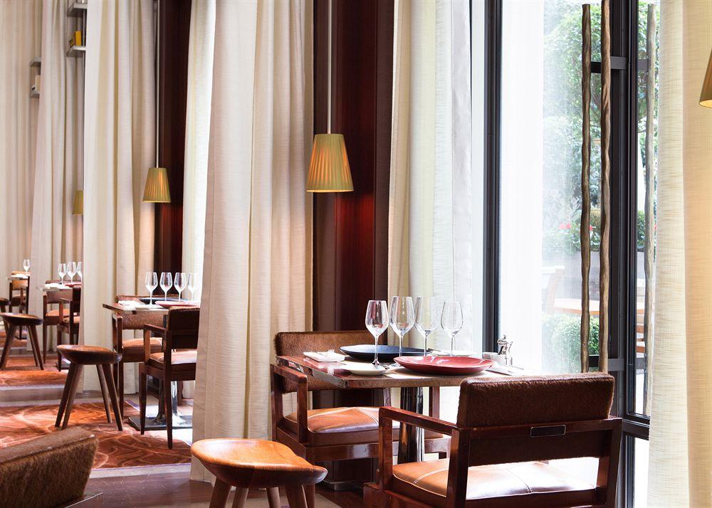 Hotel-Restaurants-Paris-Travel-Le-Royal Monceau-Raffles
