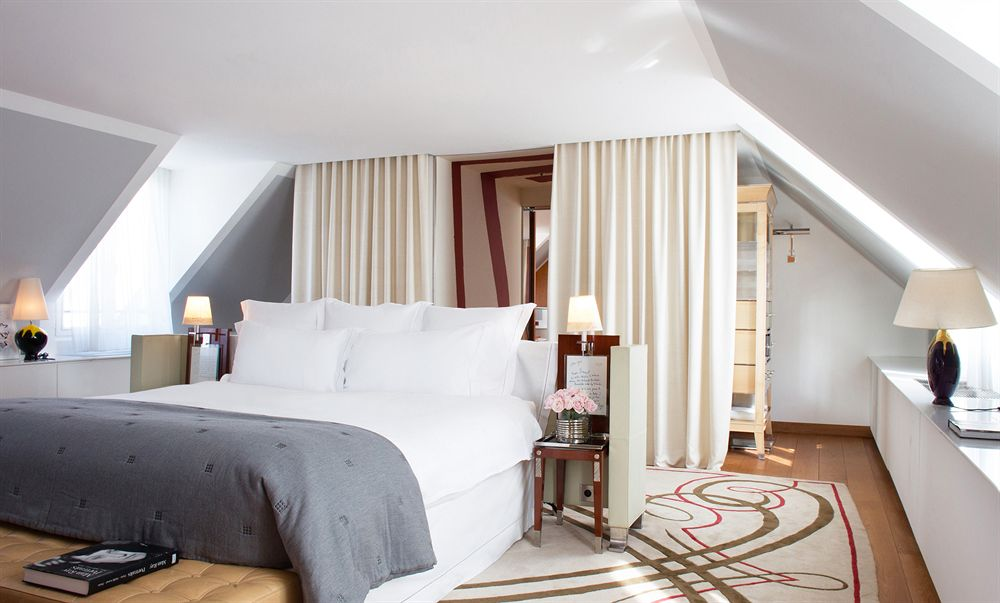 Hotels-In-Paris-Expedia-Travel-Advise-Bedroom-Inspiration