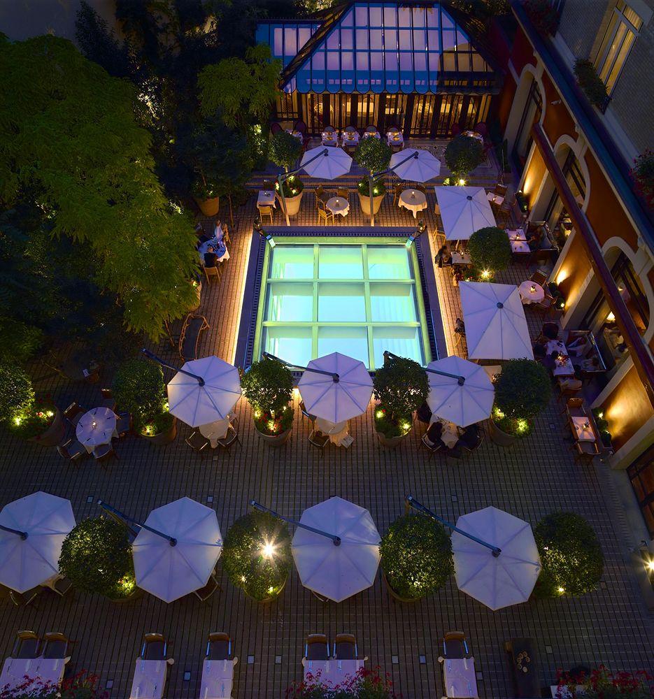 Luxury-Travel-Paris-Le-Royal Monceau-Raffles-Hotel-Exteriors