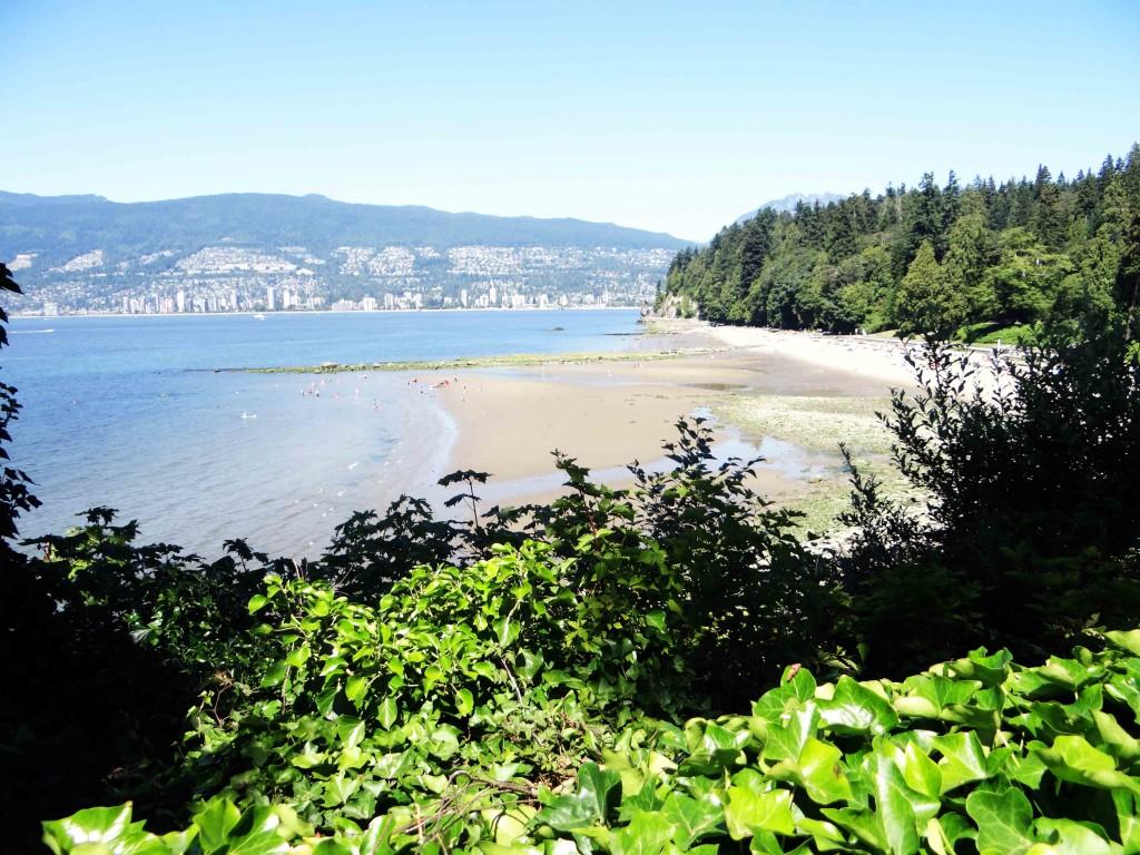 Travel-Vancouver-Canada-Stanley-Park-Beach