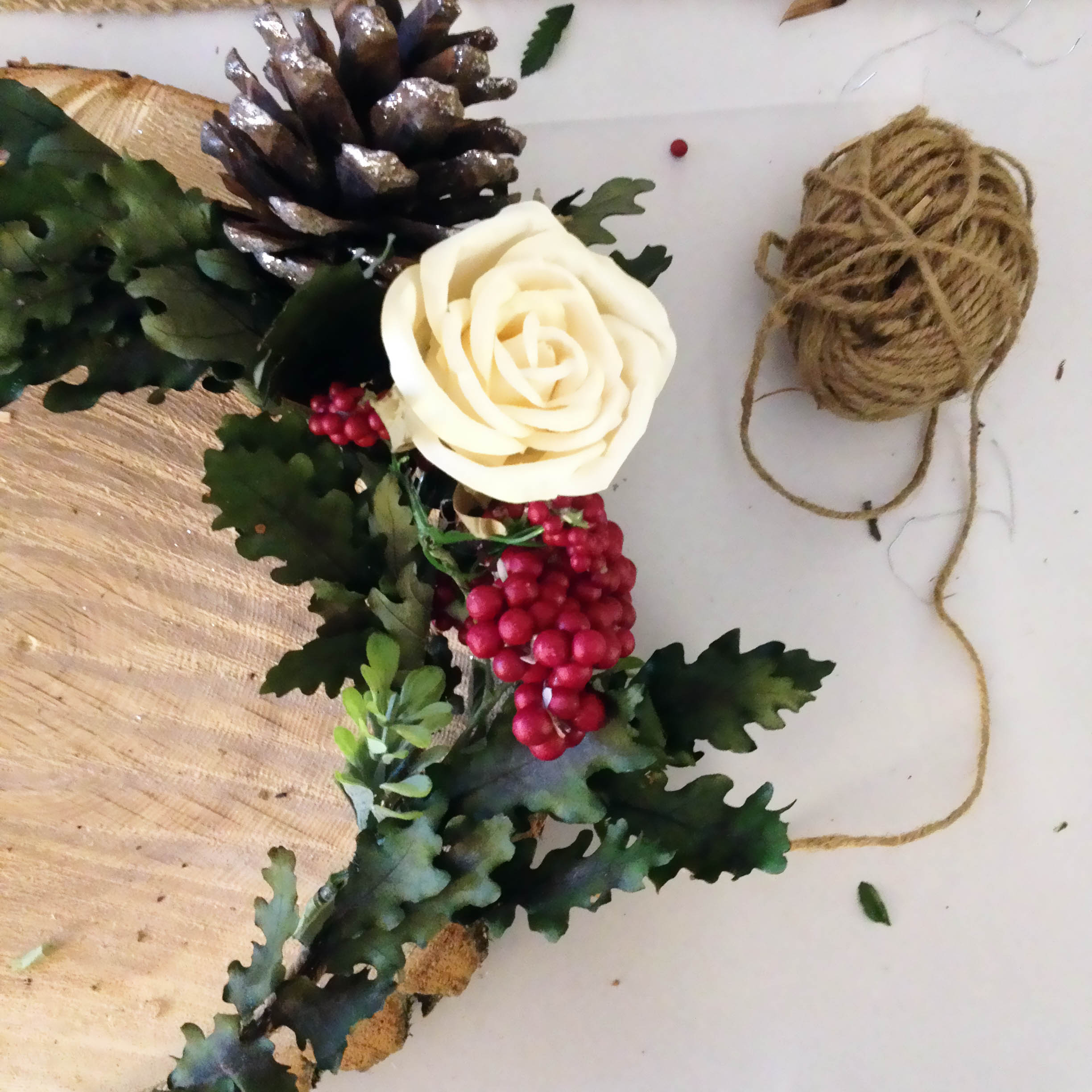 Wreath Making Workshop, Christmas Decorations, Christmas Wreath, DIY, Holiday Decor, Christmas Decor, Crafts, Lifestyle Blogger, Toronto Blogs, Canadian Blogger