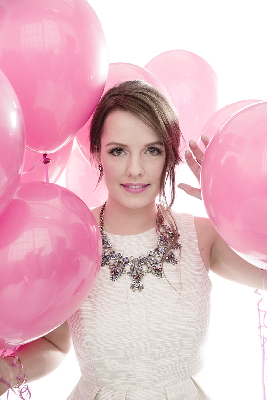 Victoria-Simpson-for-Shop-For-Jayu-Blogger-Campaign-Pink-Ballons