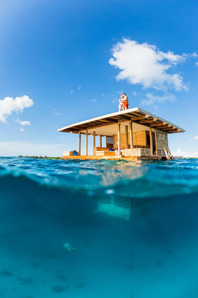 Where-To-Travel-Underwater-Hotel-Room-Manta-Resort