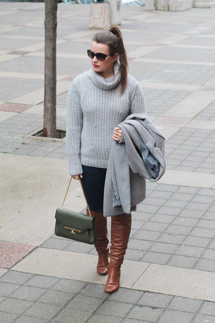 Toronto Fashion Blog, Canadian Style Blogger, Outfit Ideas, Fashion, Style, Grey Turtleneck Sweater