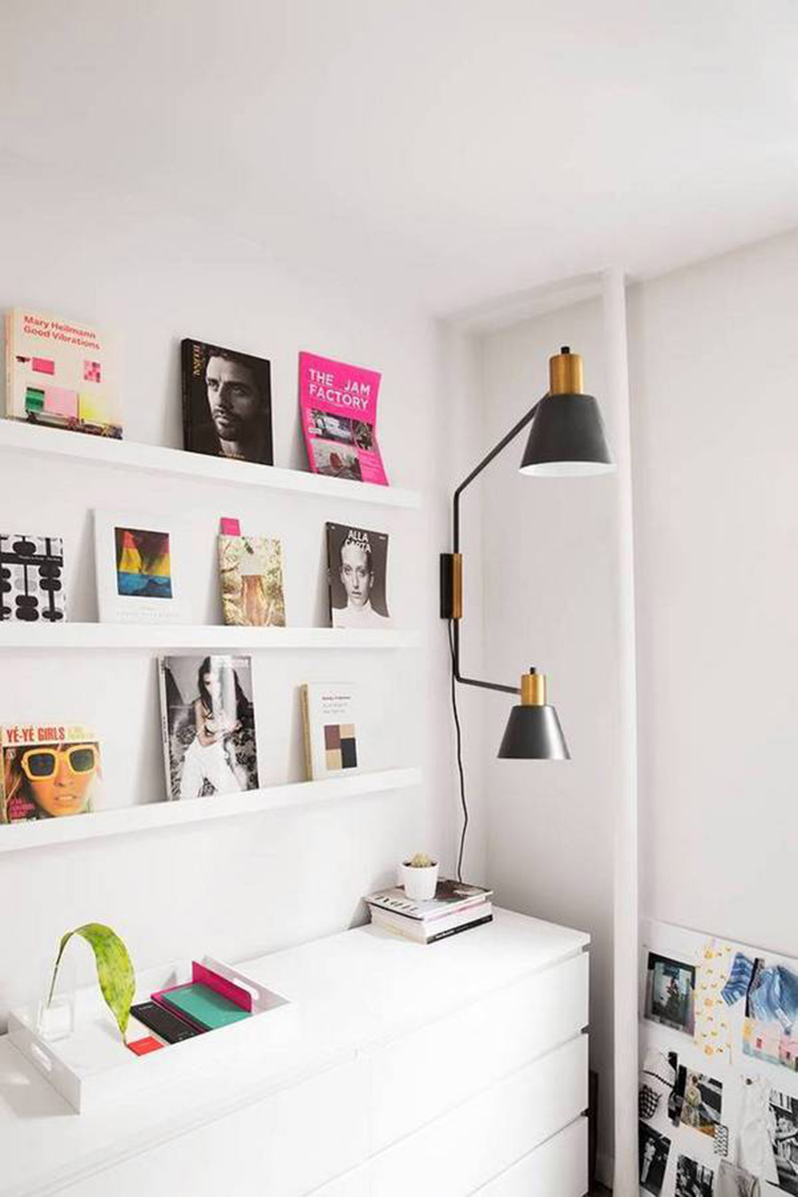 home decor inspiration | display book shelf | a side of vogue