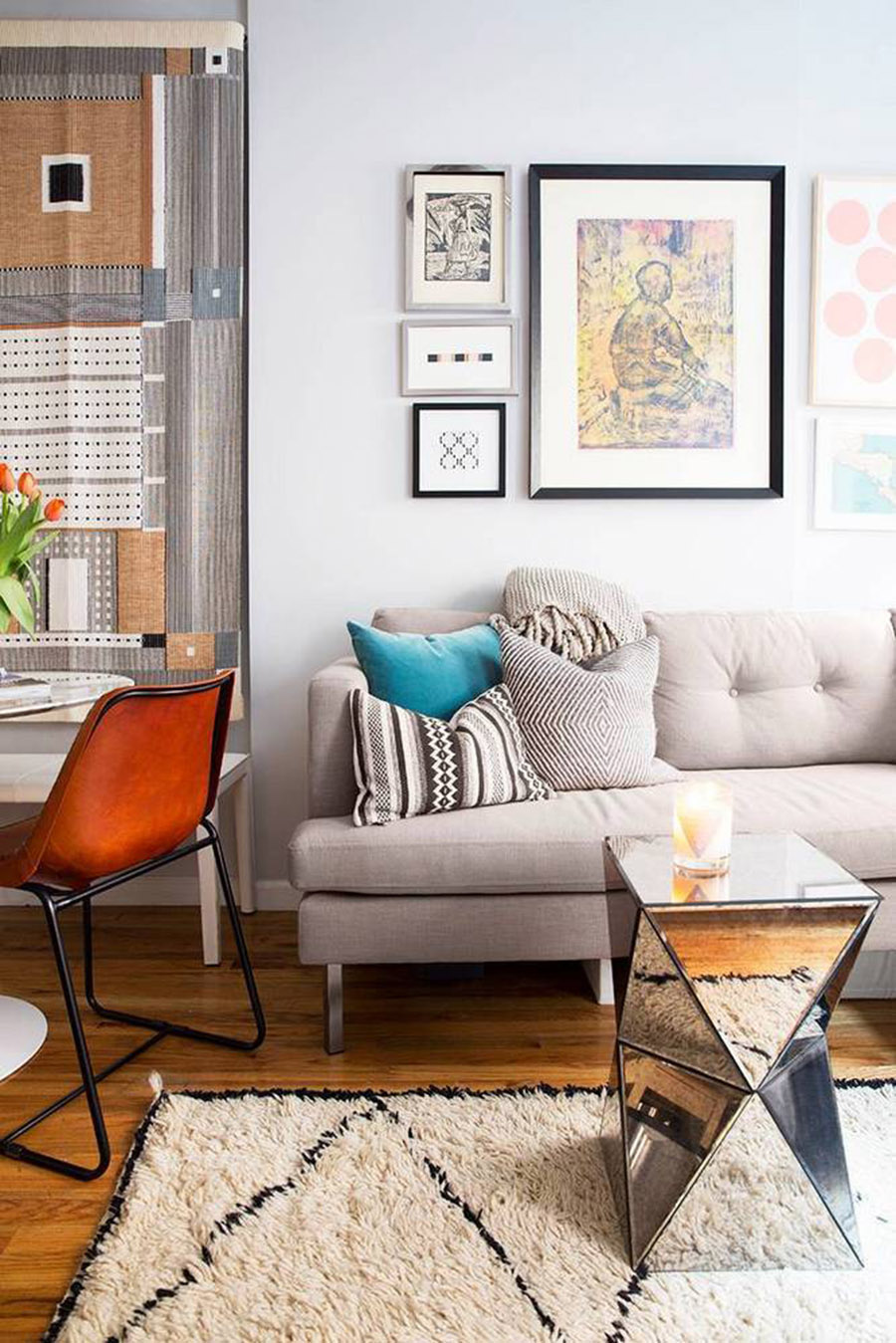 Inspiration for how to live and work in a small space for Small apartment inspiration