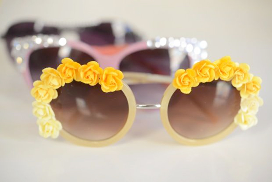 Easy Summer DIY, Flower Sunglasses, Fun Craft Projects, Make Your Own Fun Sunglasses, Summer Accessories