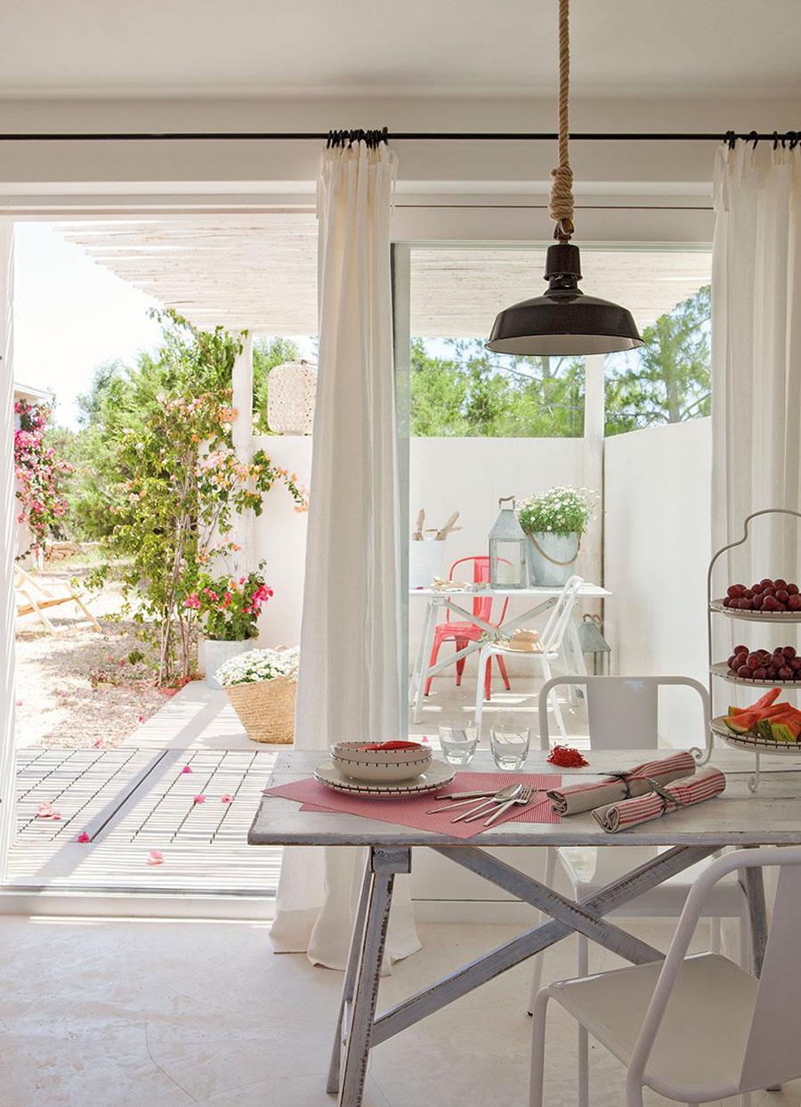 Home Inspiration // Mediterranean Beach House