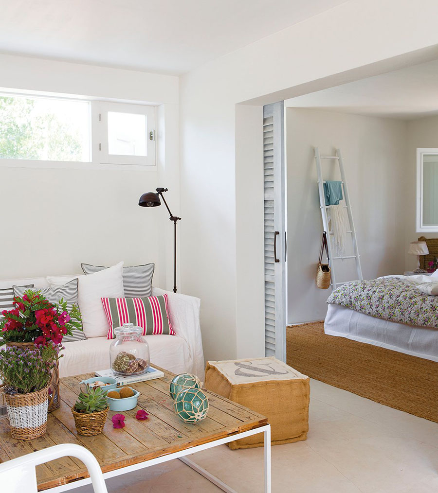 how to make your house look like a beach cottage