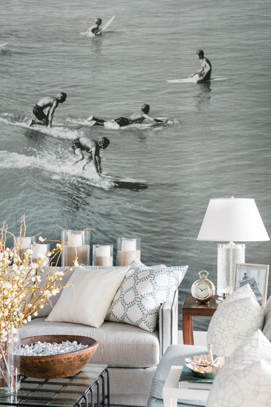 Kv condo wallpaper wall murals a home decor trend i 39 m for Mural room white house
