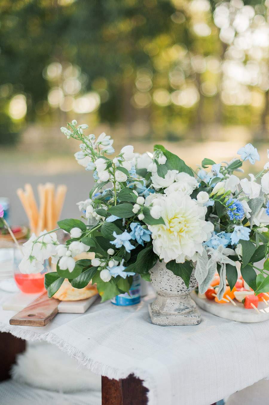 Party and table decorating ideas with flowers