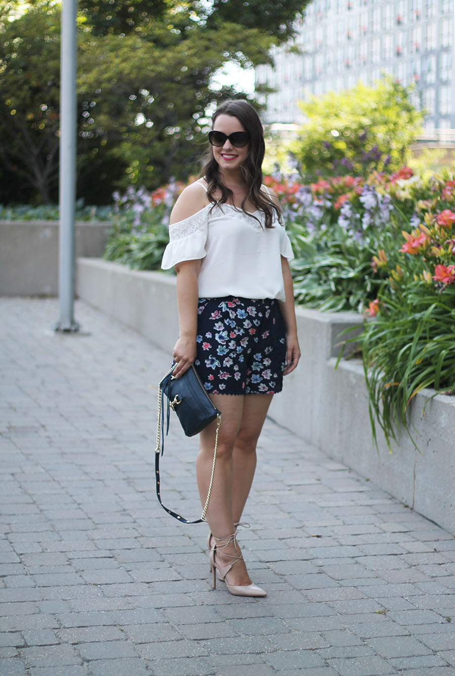 Outfit // How To Dress Up Shorts