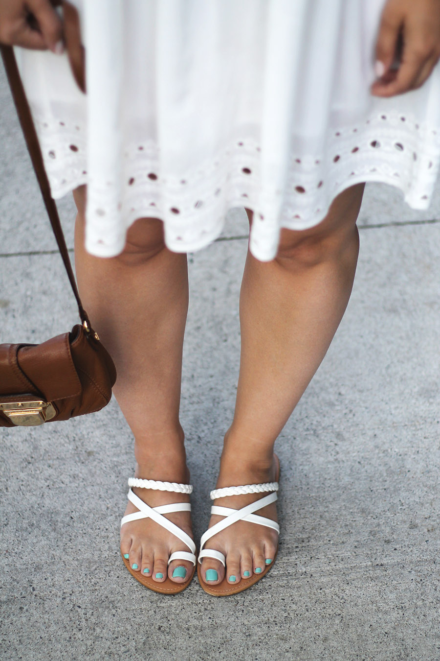 summer-fashion-eyelet-dress-and-white-sandals