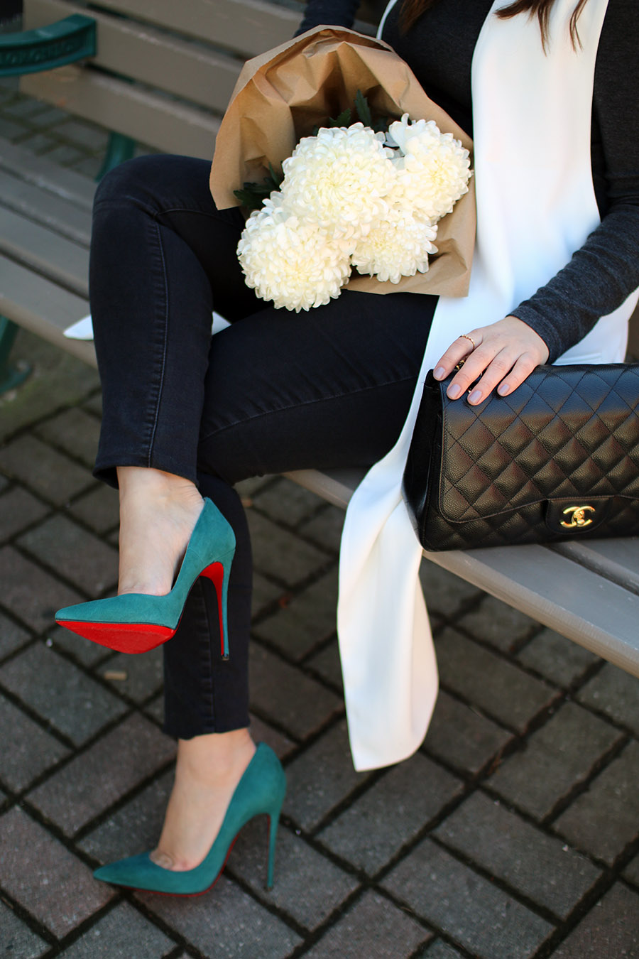luxury-fashion-christian-louboutin-so-kate-chanel-classic-flap