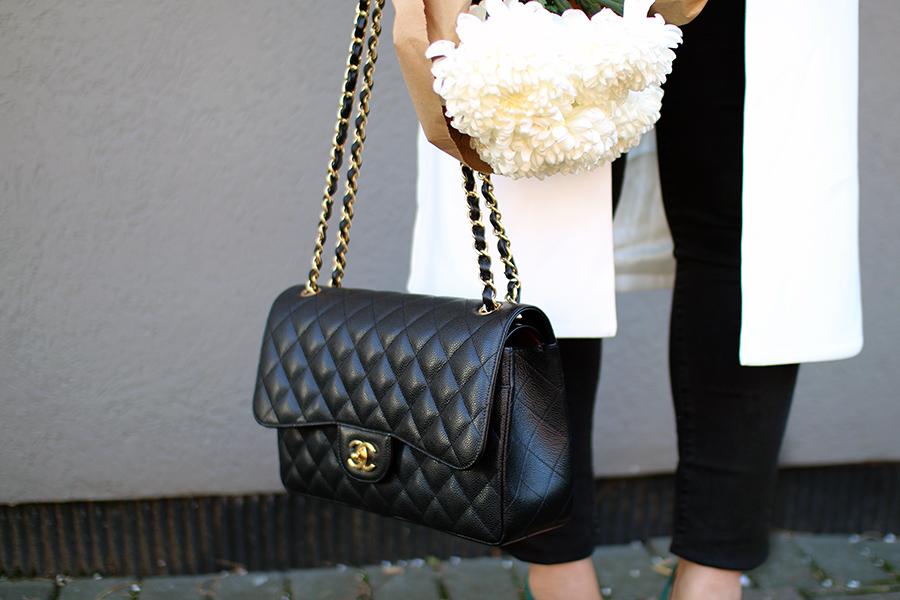 classic-luxury-handbags-chanel-double-flap