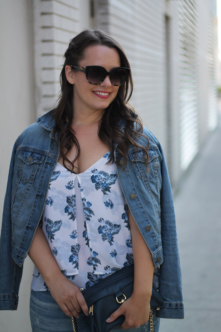 denim-jacket-rebecca-minkoff-mini-mac-toms-sunglasses