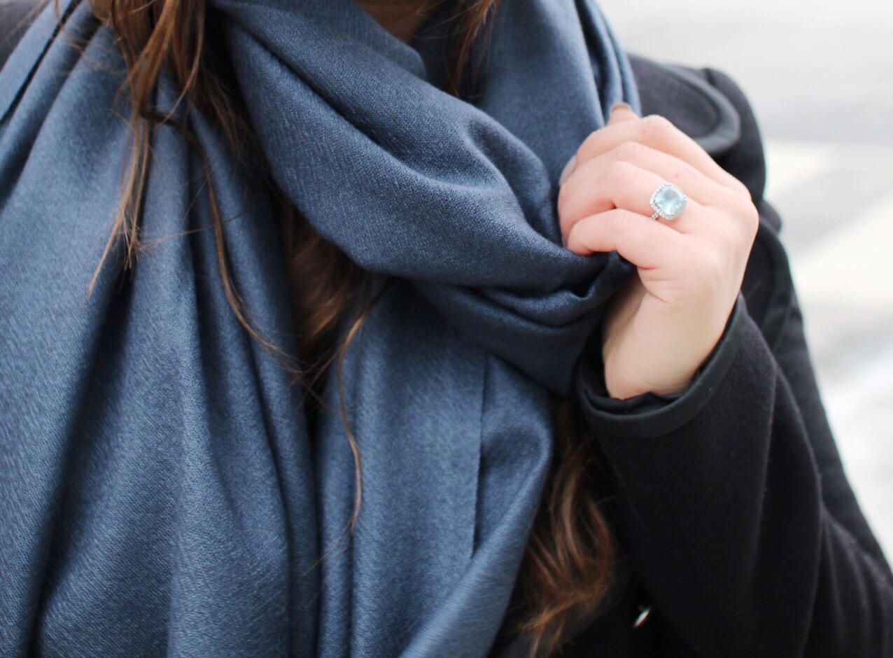 corala-cashmere-scarf-style-blogger-a-side-of-vogue