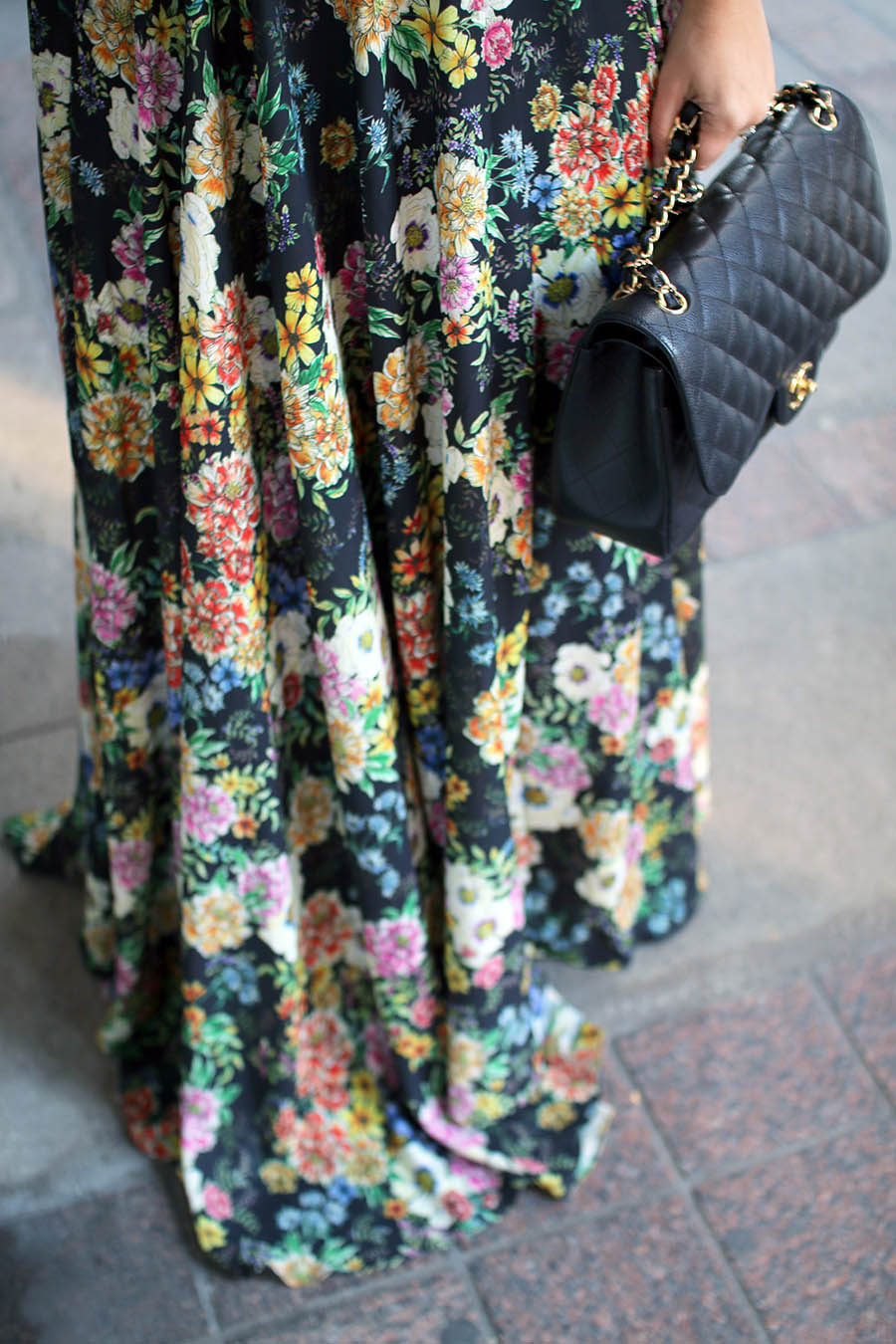 floral-maxi-dress-chanel-handbag-holiday-party-outfit