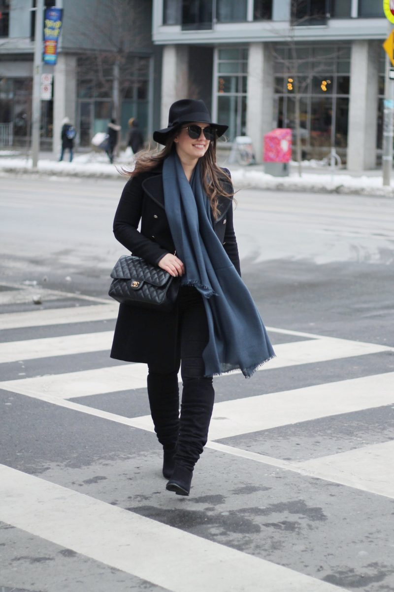 Outfit / Cashmere Scarf