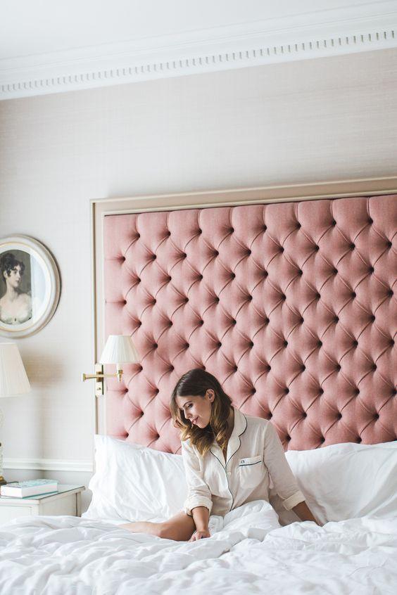 pink-tuffed-headboard-bedroom-inspiration-color-inspiration