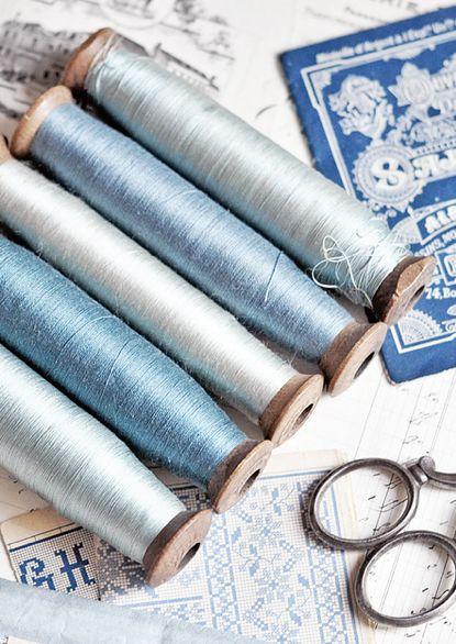 aquamarine-blue-wedding-color-inspiration-moodboard-35