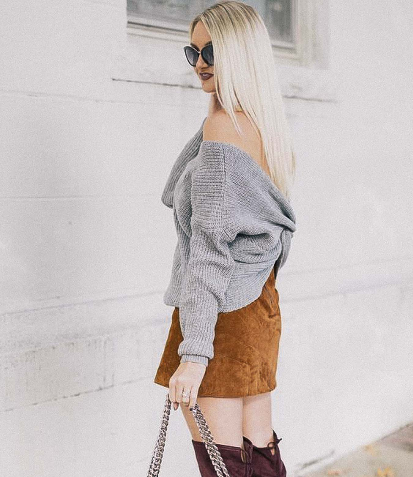 Grey-Twisted-Back-Sweater-Fall-Fashion-Outfit-Ideas