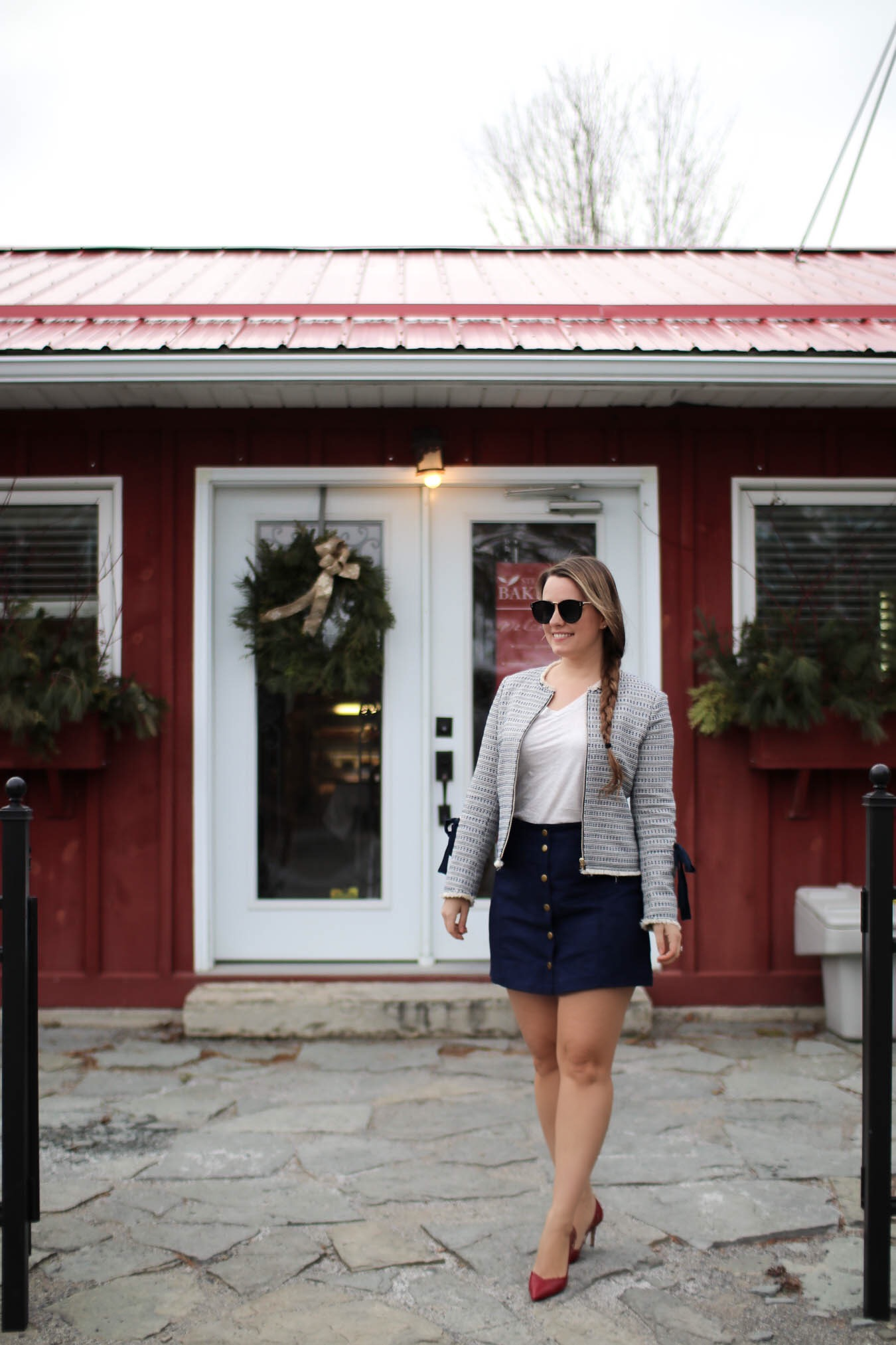 How To Wear A Tweed Blazer / Outfit Ideas